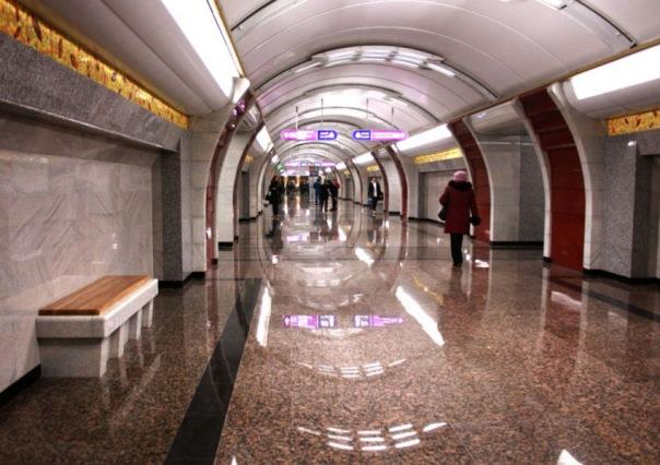 Метрополитен напоминает о круглосуточной работе в праздничные дни