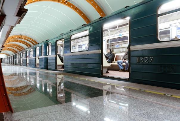 Вагоны для петербургского метро планируют покупать в лизинг