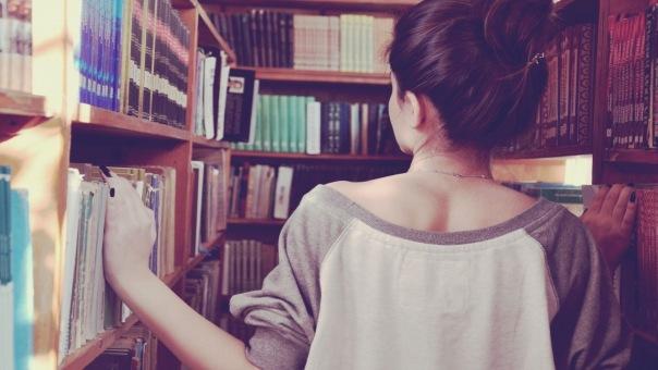 Первая феминистская библиотека открылась в Петербурге