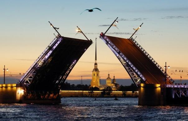 В Петербурге состоится плановая разводка семи мостов на текущей неделе