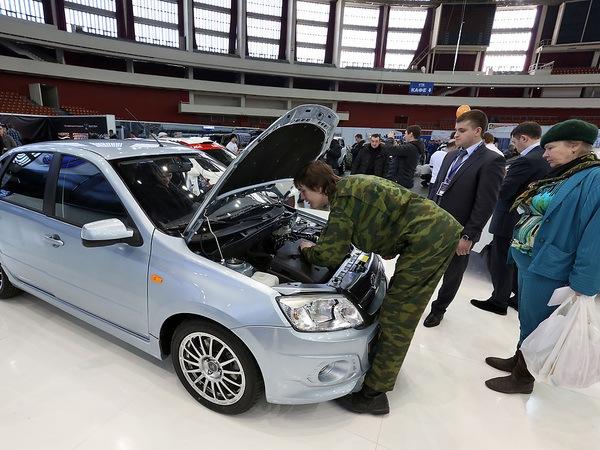 Автомобилистов Петербурга освободят от уплаты транспортного налога