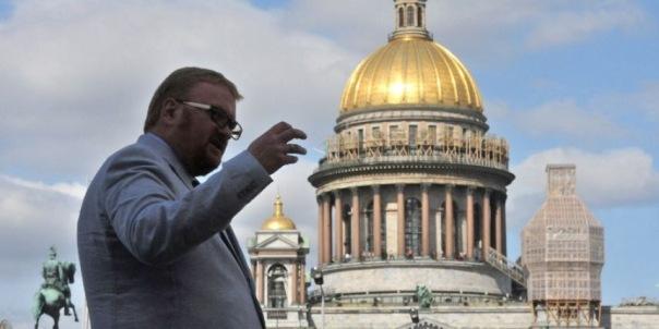 Милонов предложил Роскомнадзору помечать аккаунты умерших