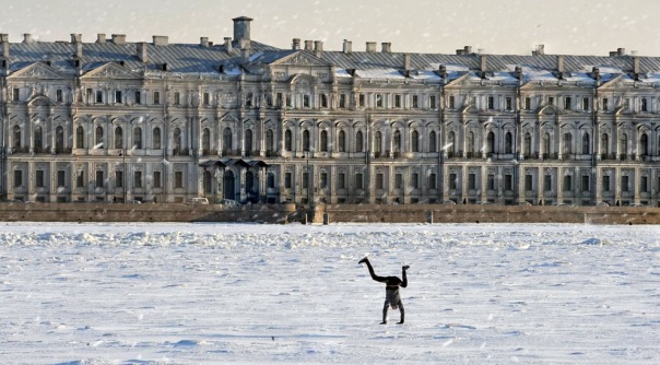 Завтра в Петербурге ожидают снегопад