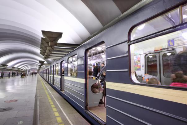 С 9 на 10 мая метро будет работать без перерыва