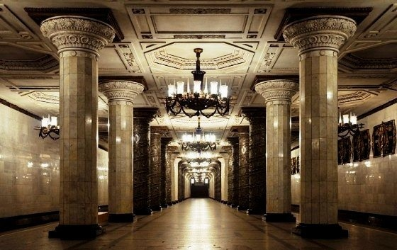 В петербургском метро станет светлее