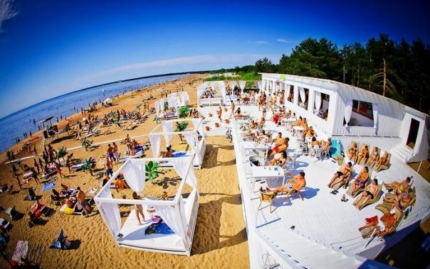 К купальному сезону откроют четырнадцать городских пляжей в Курортном районе
