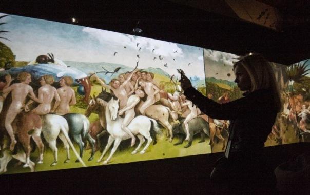 Выставка Босх. Ожившие видения открылась на Ленфильме в Петербурге