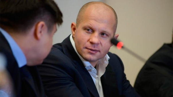 Фёдор Емельяненко прилетел в Петербург