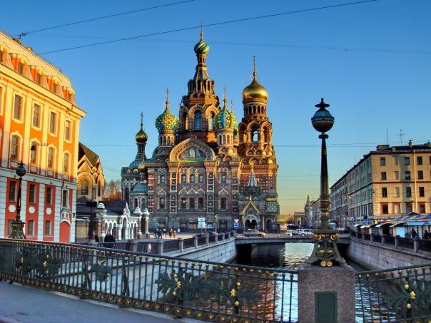 Петербург не попал в ТОП-20 лучших регионов для инвестиций в России