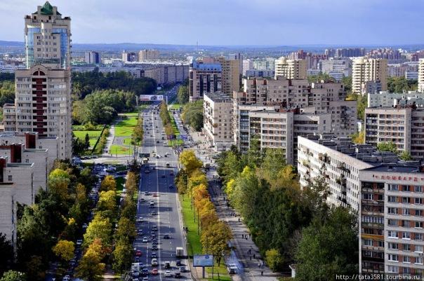 На проспекте Ветеранов закроют движение транспорта