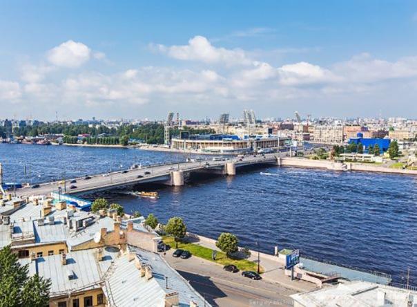 Тучков мост в Петербурге закроют на ремонт с 4 июля
