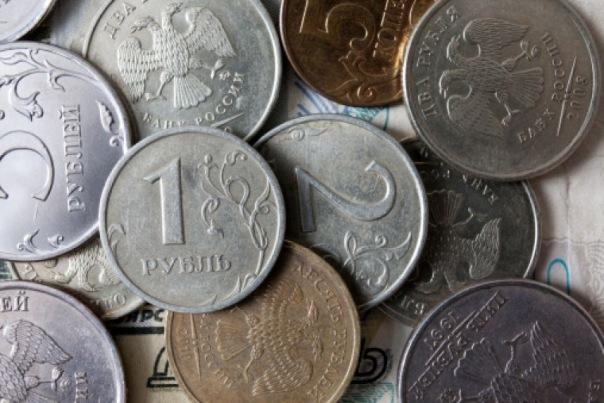Смольный: Средняя зарплата в Петербурге составляет более 46 тысяч рублей