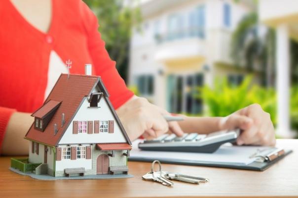Петербуржцы стали хуже выплачивать ипотеку и автокредиты