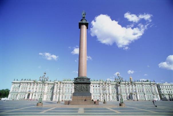 В Петербурге включат сирены и уличные громкоговорители