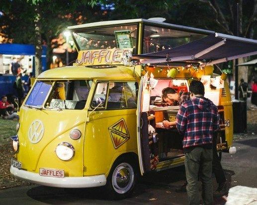 Фестиваль фудтраков с гастрономической ярмаркой деликатесов пройдет осенью в городе