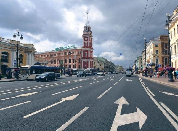 По улицам Петербурга проедет Добрый автобус