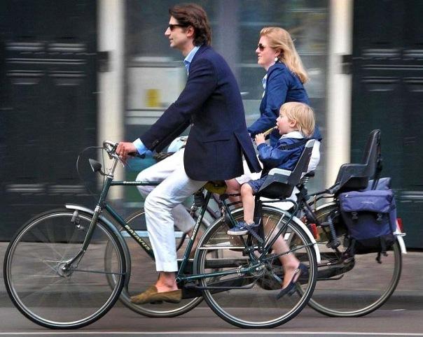 В сентябре петербуржцы поедут на работу на велосипедах
