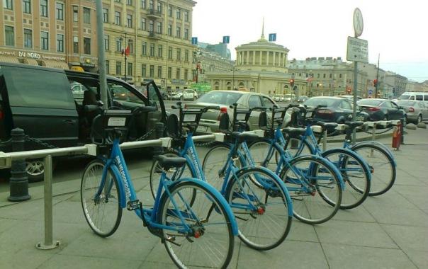 Петербуржцы смогут неделю брать велосипед на прокат всего за 1 рубль