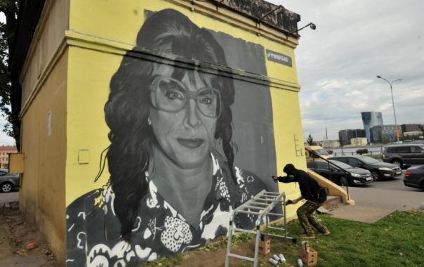 Власти Центрального района Петербурга: Нанесение граффити на стены - это правонарушение