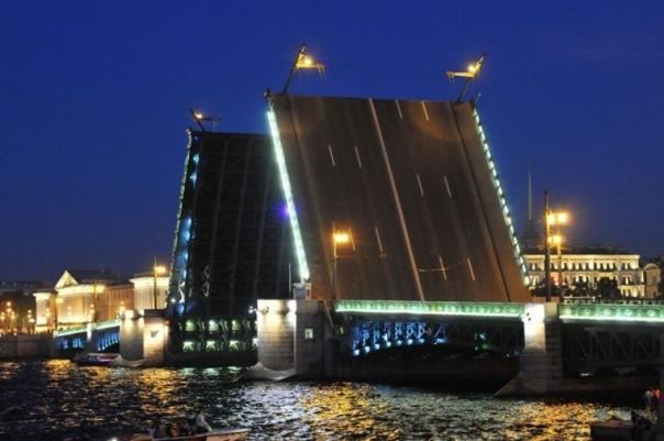 100 фактов о Дворцовом мосте расскажут в честь его столетия