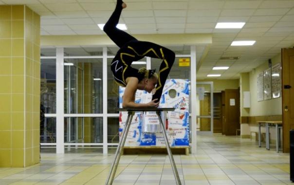 На выборах в Петербурге устроили бесплатный цирк