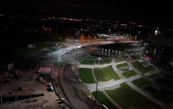 У стадиона на Крестовском в Петербурге включили постоянную подсветку
