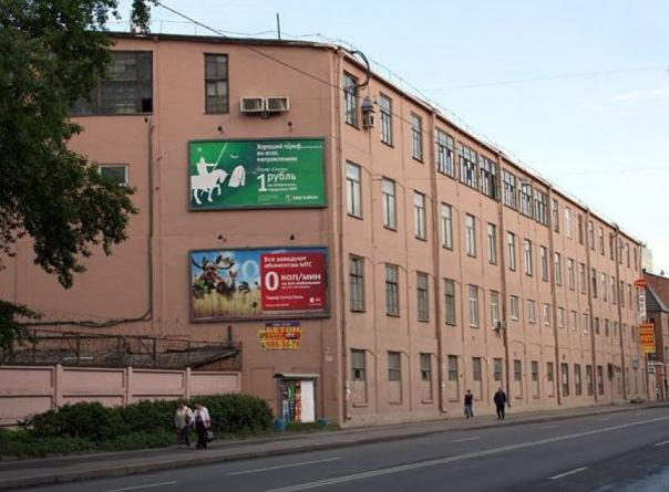 В Петербурге сносят исторический корпус завода Новый Лесснер