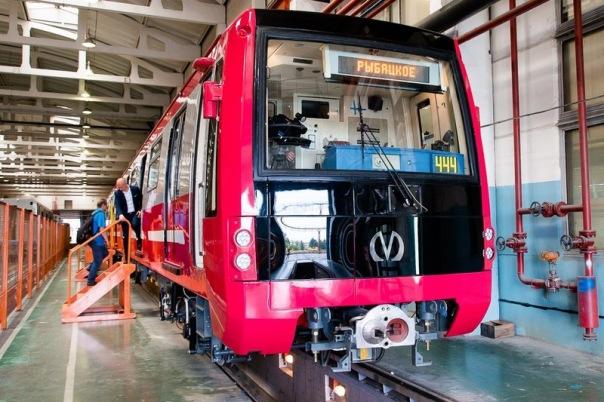 С ноября в метро будут ходить новые современные поезда