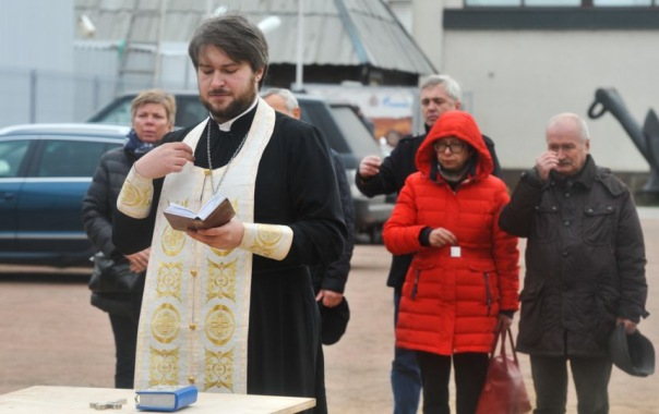 В Петербурге собирают подписи против храма погибшим пассажирам рейса 9268