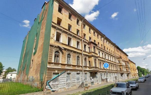 Градозащитники спасают доходный дом Крутикова конца XIX века от мародёров