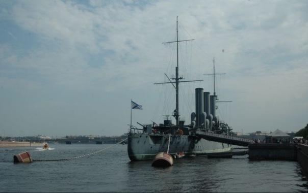УФАС возбудит более 20 дел из-за нарушений при ремонте крейсера Аврора