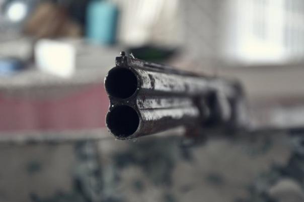 Сотрудники Ленэнерго попали под сплошной обстрел