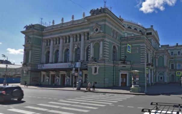 В Петербурге следователи устанавливают обстоятельства гибели солиста Мариинского театра