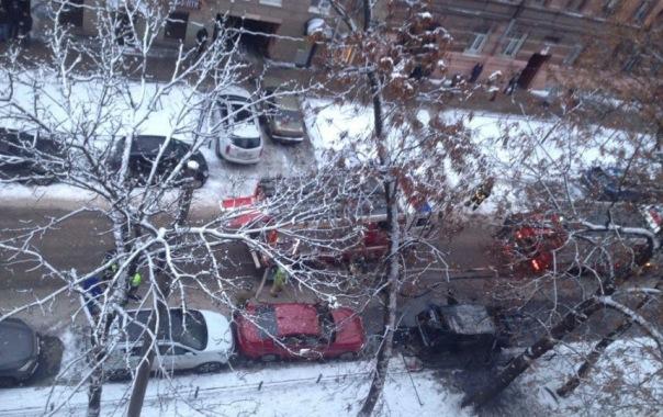 Мужчина заснул и сгорел в автомобиле на Васильевском острове