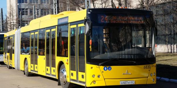 В автобусах Петербурга начнут принимать к оплате банковские карты
