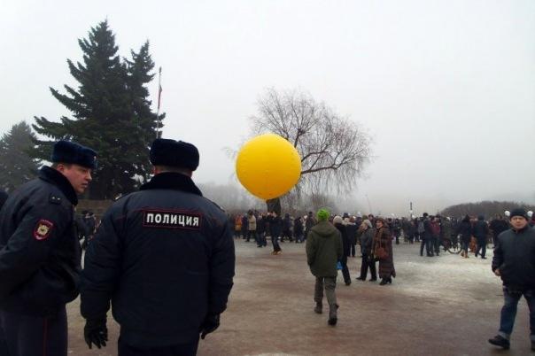Депутаты ЗакСа Петербурга теперь будут согласовывать с властями встречи с избирателями