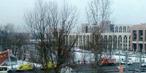 По реке Оккервиль в Петербурге прогуливался неадекватный мужчина
