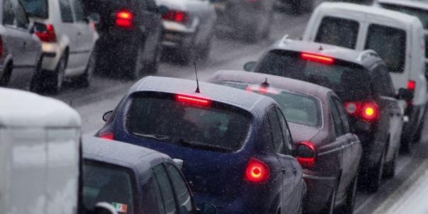 Новые тарифы ЗСД заставили тысячи водителей отказаться от магистрали