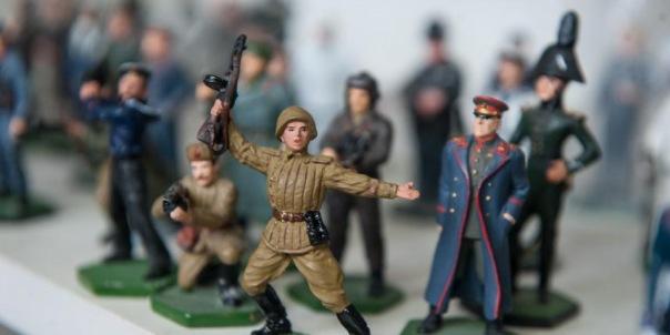Петербургские оловянные солдатики покоряют мир