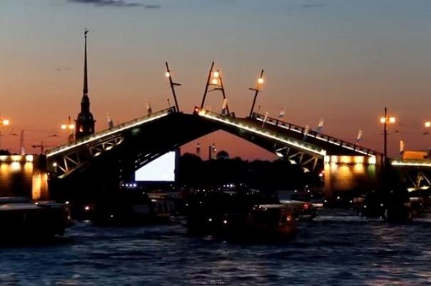 Разводные мосты Петербурга вошли в топ-100 российских брендов