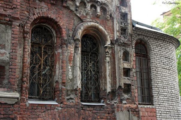 Из церкви на Обводном украли окна