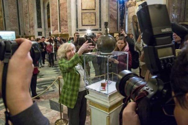 Экскурсовод Исаакиевского собора стала Женщиной года-2017