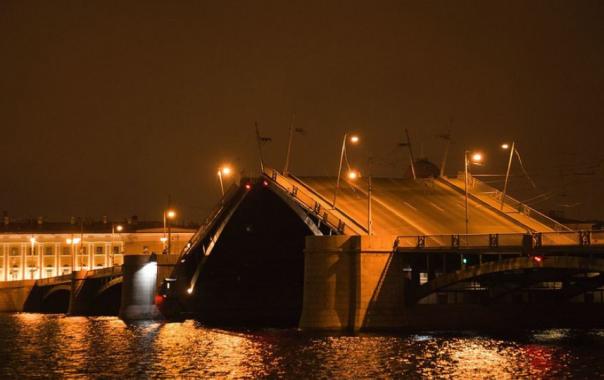 На петербургских мостах появится wi-fi