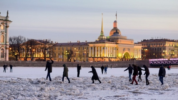С 15 марта в Петербурге запрещен выход на лед