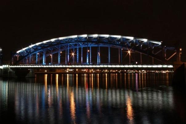 В Петербурге в Час Земли отключили 33 тысячи лампочек