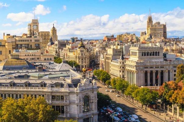 Смольный ведет переговоры по запуску прямого авиарейса Петербург-Мадрид