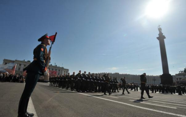 Метро в Петербурге изменит свой график в День Победы