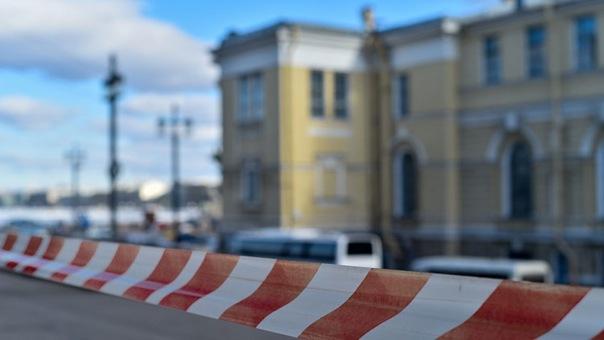 В Петроградском и Приморском районах на два дня ограничат движение транспорта