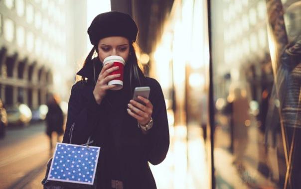 В Петербурге закодируют торговые павильоны: QR-код поможет найти нелегала