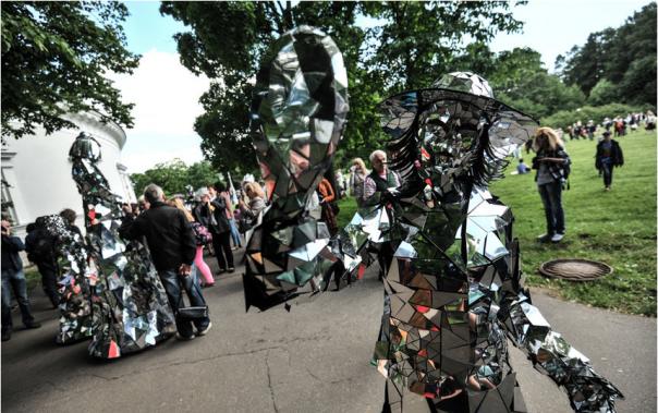 Авиашоу, уличные спектакли и концерт на Дворцовой: куда пойти в Петербурге 3-4 июня